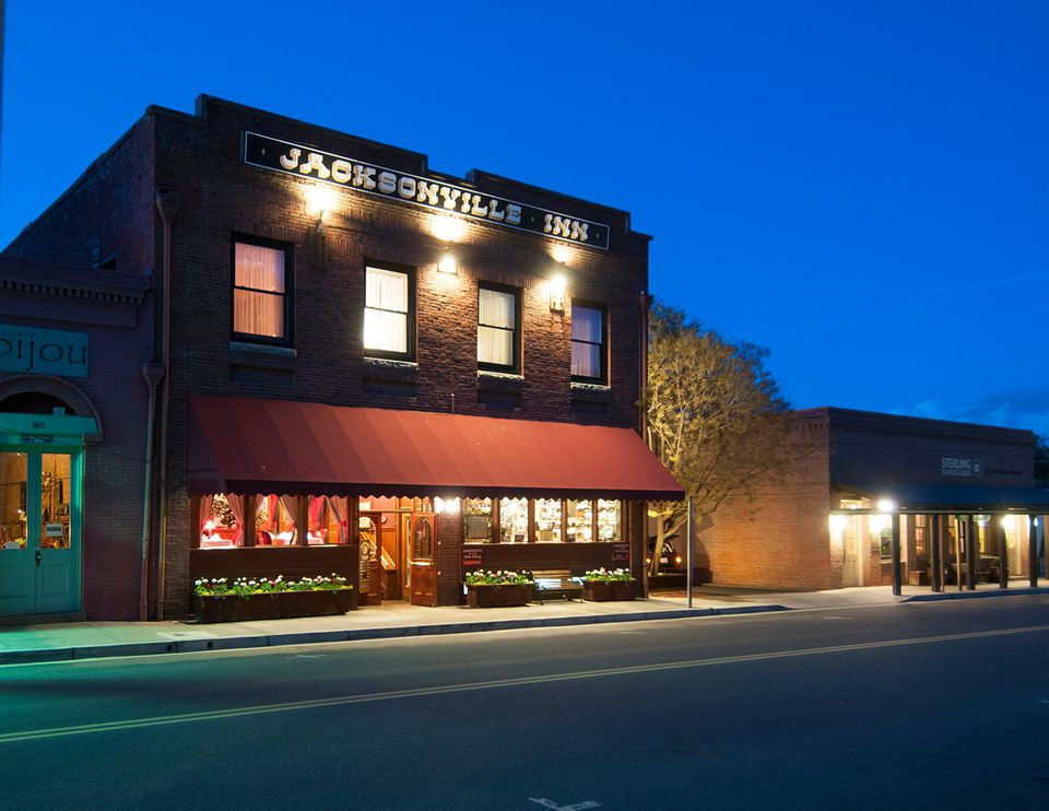 cons of living in jacksonville. Black Bedroom Furniture Sets. Home Design Ideas