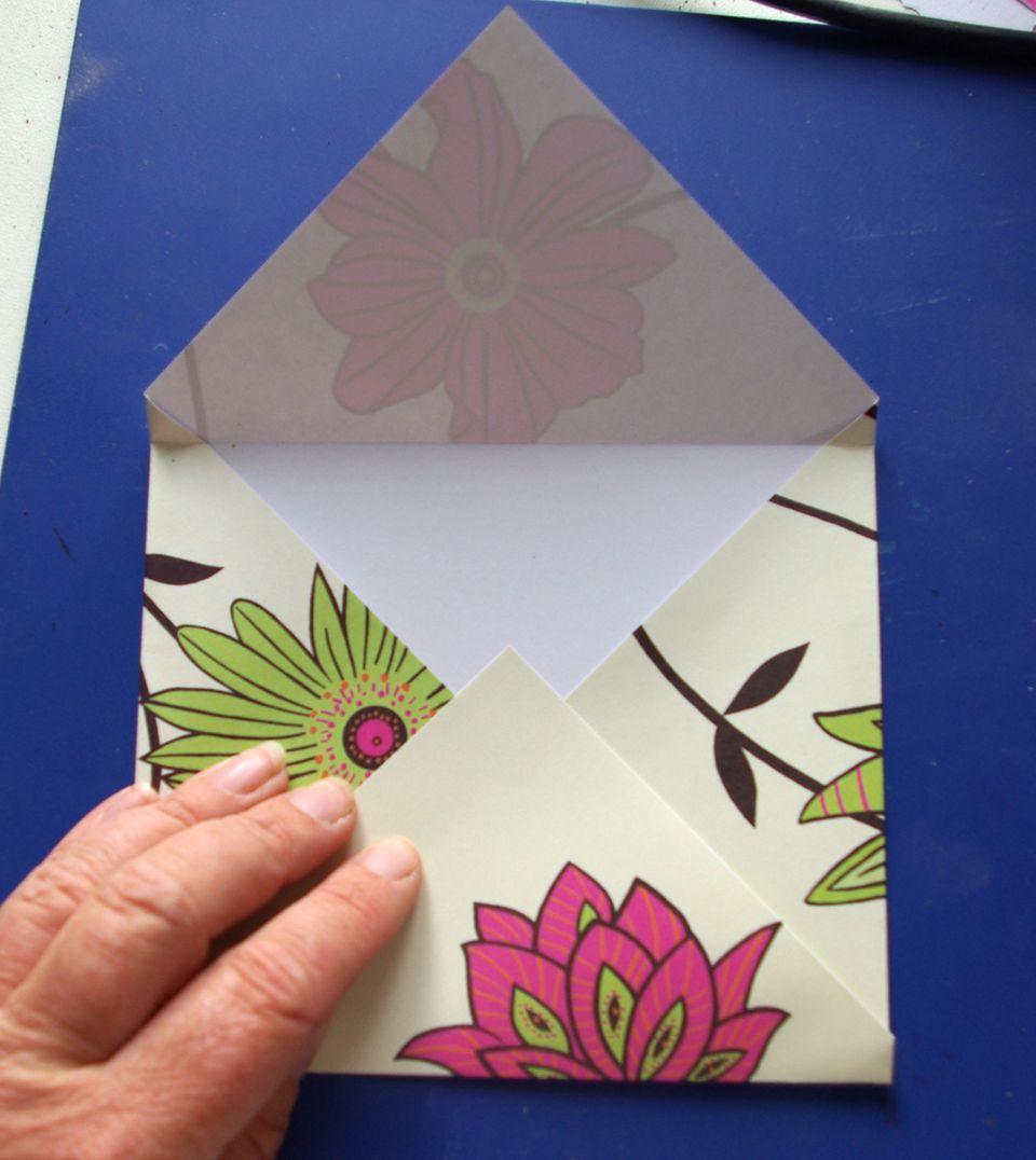 Easy folded paper envelope tutorial fold bottom point jeuxipadfo Choice Image