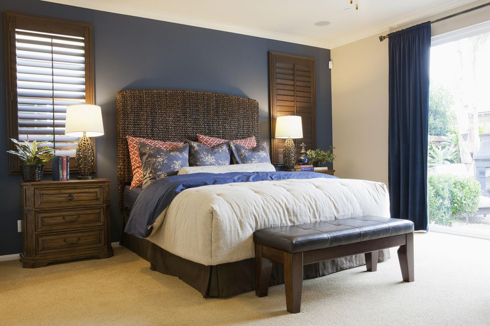 bedroom with accent wall how to choose an accent wall and color in a bedroom 14473