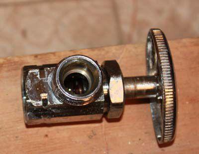 Angle stop valve