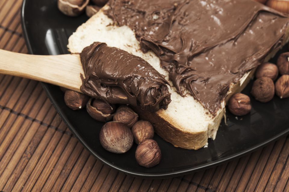 Homemade chocolate-hazelnut spread