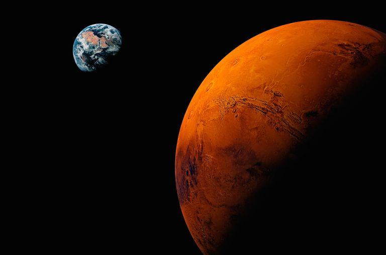 Planeta Marte, Tierra visible en el fondo