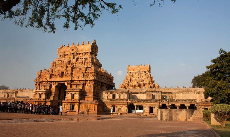 Bridhadishwara temple
