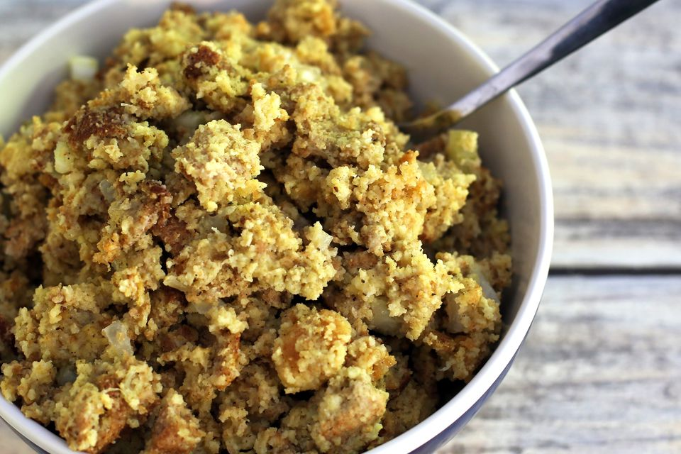 Easy Crock Pot Cornbread Dressing Recipe