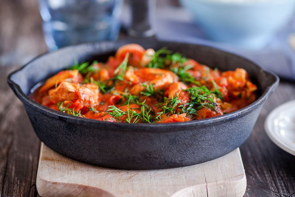 Chicken and Shrimp in Tomato Sauce