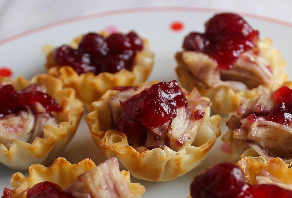 Mini-Cranberry-Filo-Shells.jpg