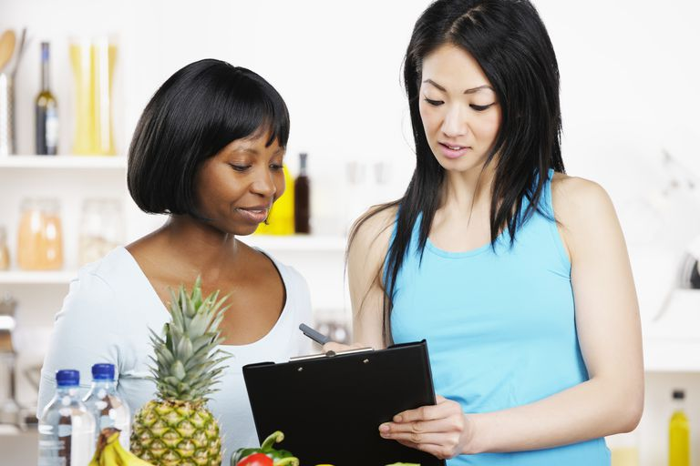 Dietician consulting with a client