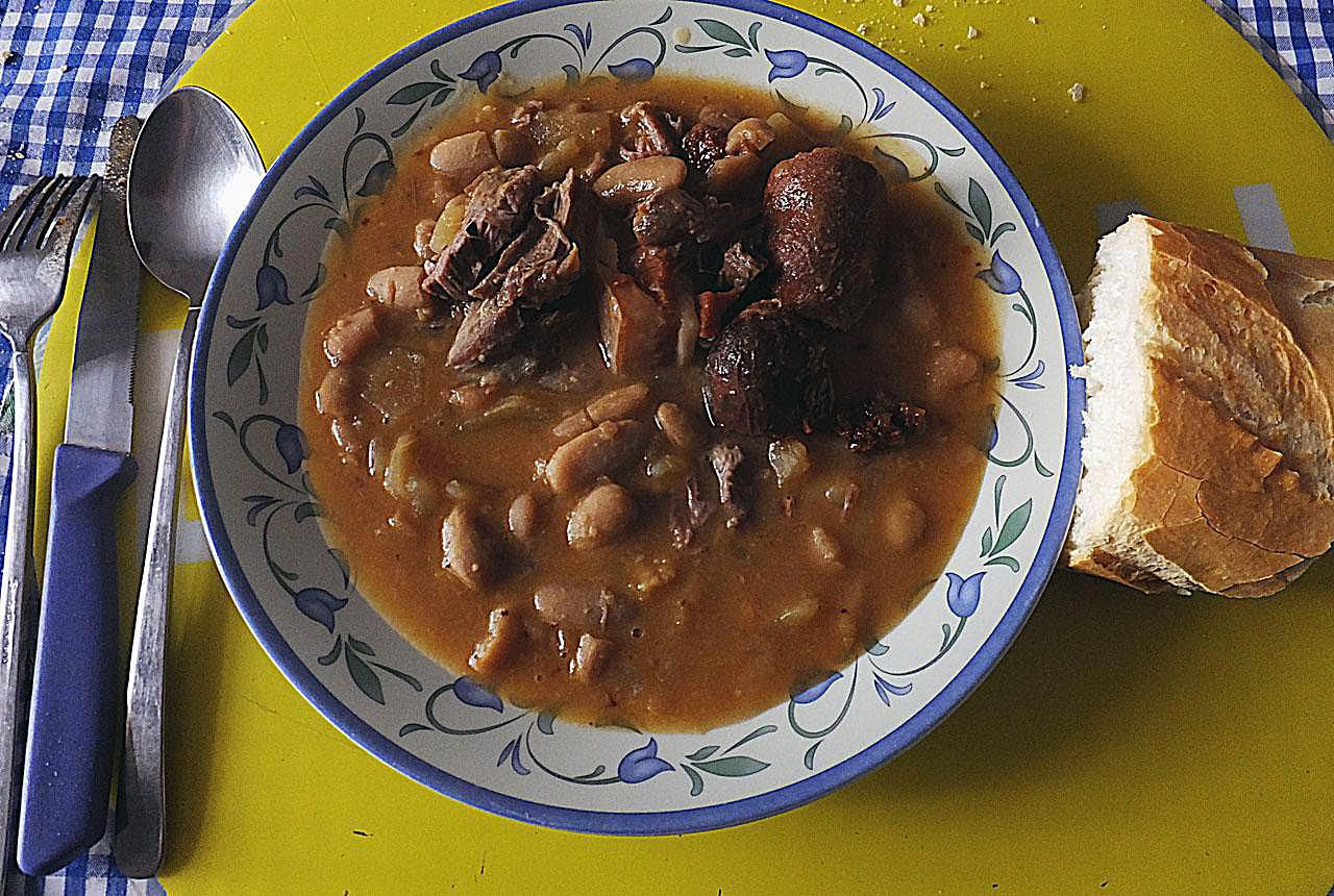 Spanish christmas menu ideas spanish lunch or la comida the midday meal youll need to follow with a siesta forumfinder Choice Image
