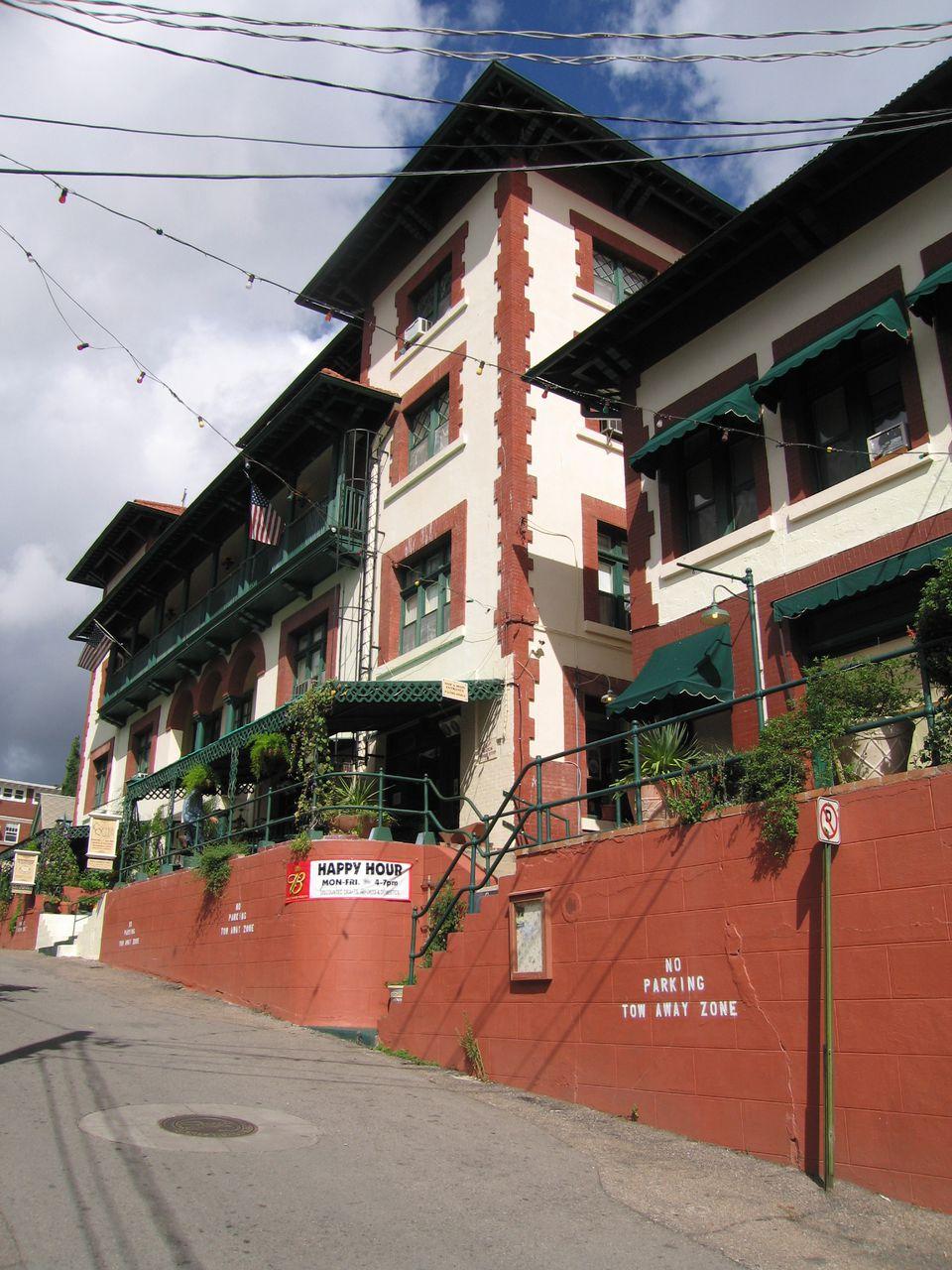 Copper_Queen_Hotel.jpg