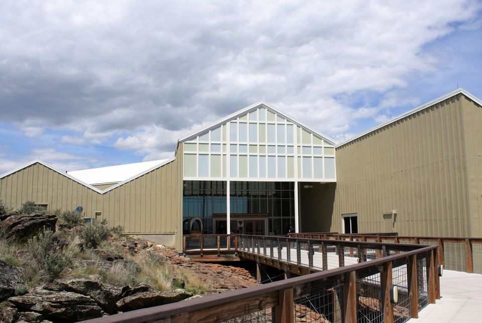 Photo of the National Historic Oregon Trail Interpretive Center in Baker City OR
