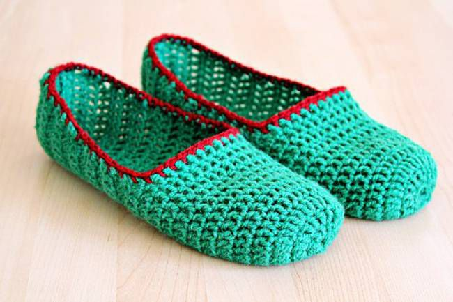 60 Crochet Slippers Patterns - The Funky Stitch