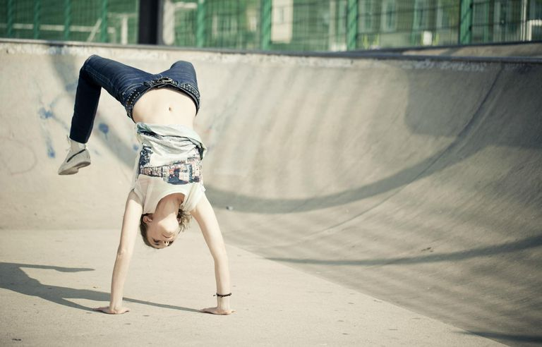 Female breakdancer in Skate Park