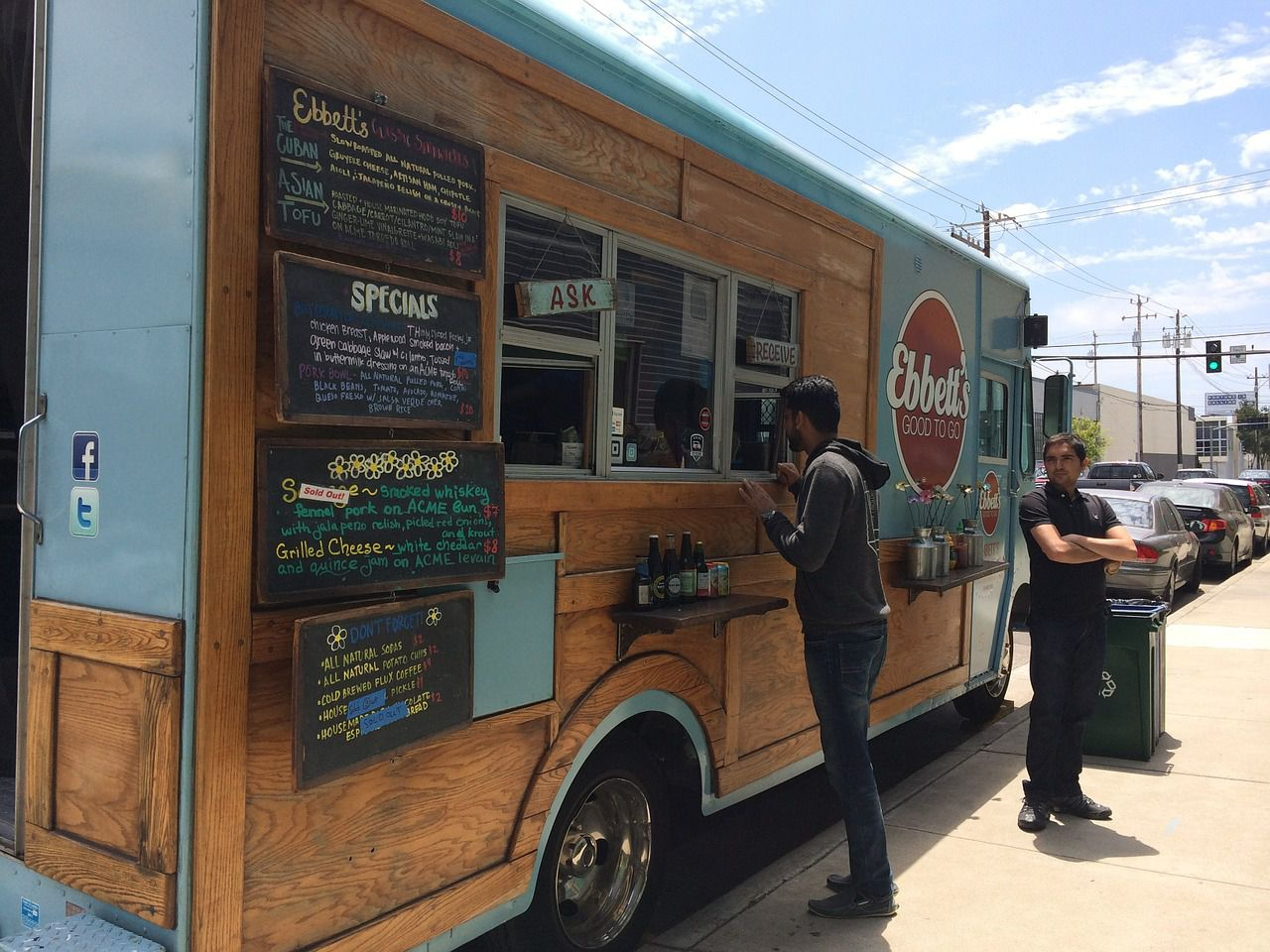 10 Things To Know Before Buying A Food Truck
