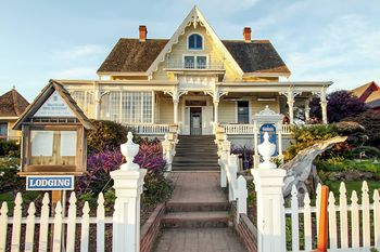 How To Find A Place To Stay In Morro Bay Cayucos San