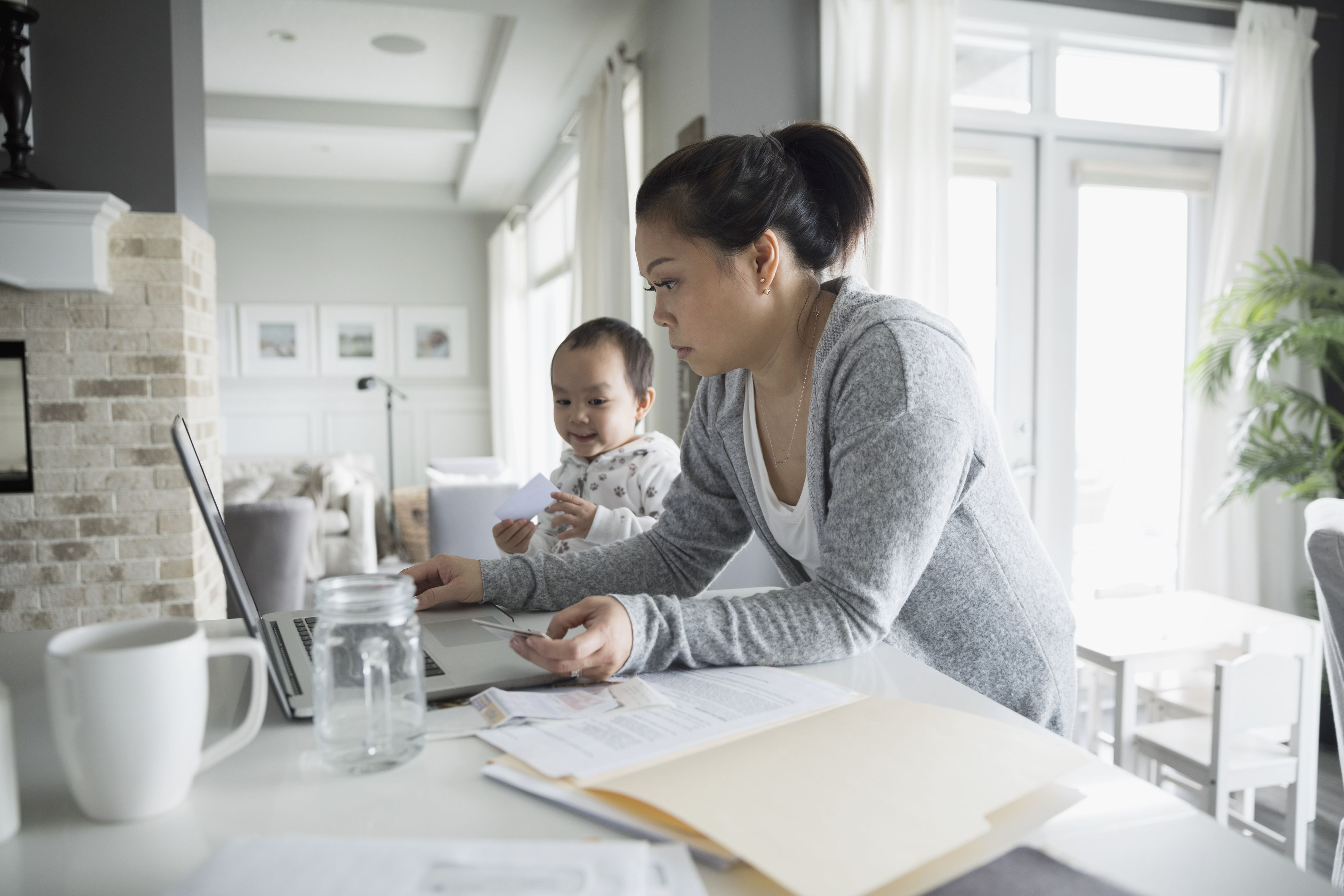 The 15 Best Gifts For A Busy Mom