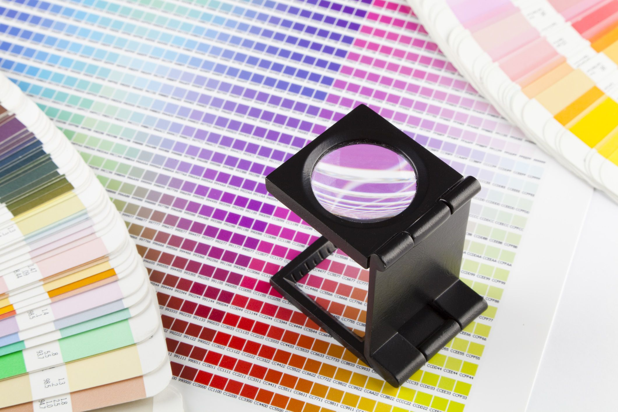 Before you buy pantone color guides when to use spot colors or process colors or both nvjuhfo Images