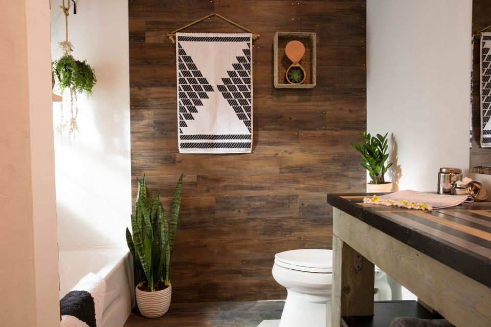 plank wall small bathroom ideas