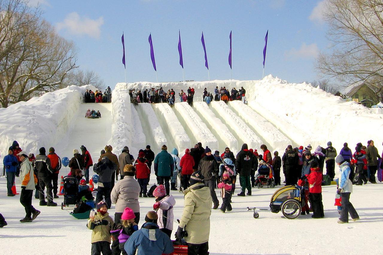 winterlude celebration  ottawa  family friendly  u0026 free
