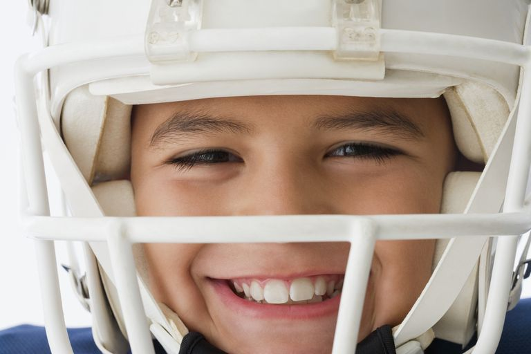 How Do Concussions Affect Dementia Risk?