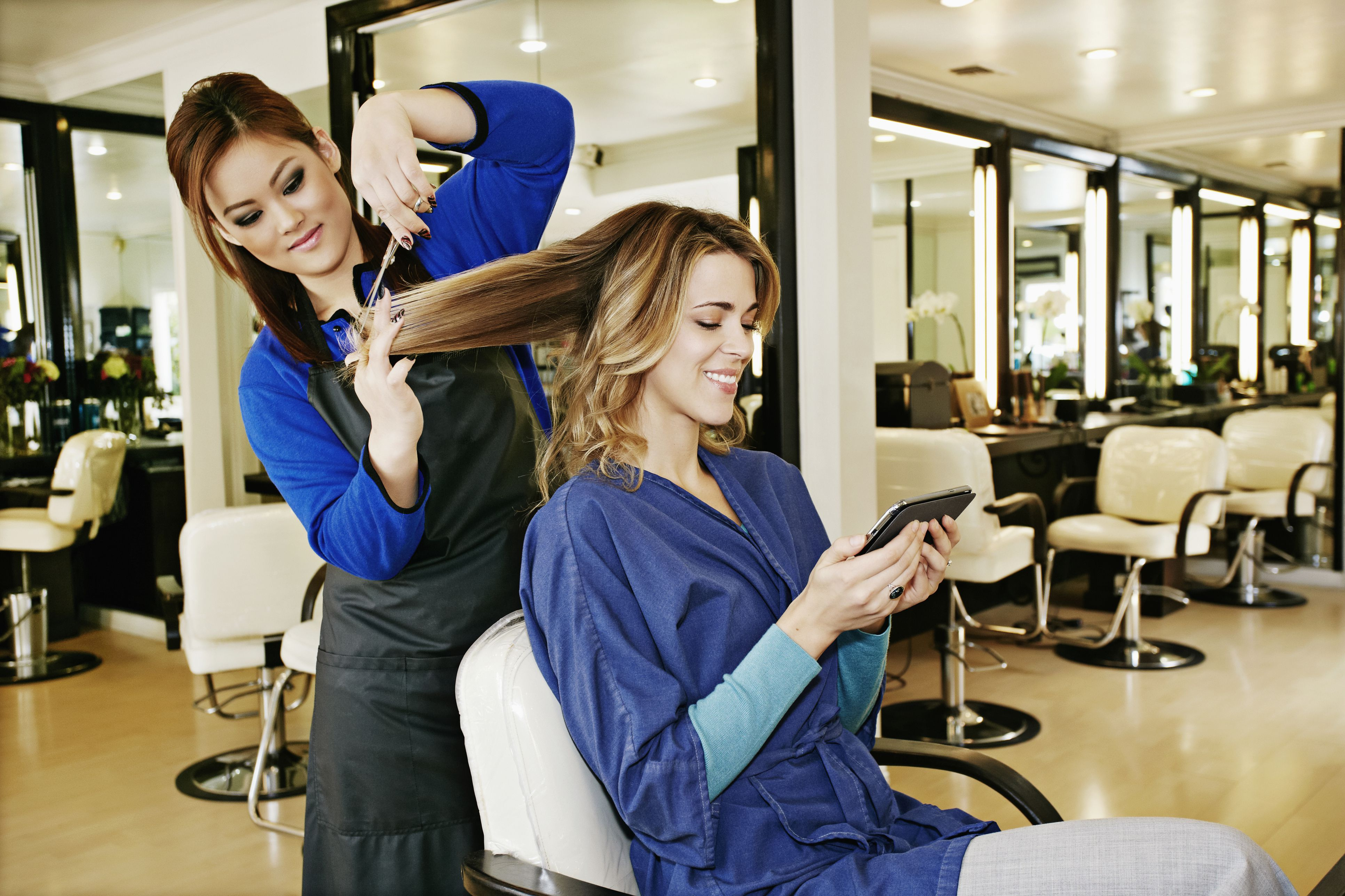 Holiday tipping etiquette to beauty professionals how much should you tip for a haircut urmus Choice Image