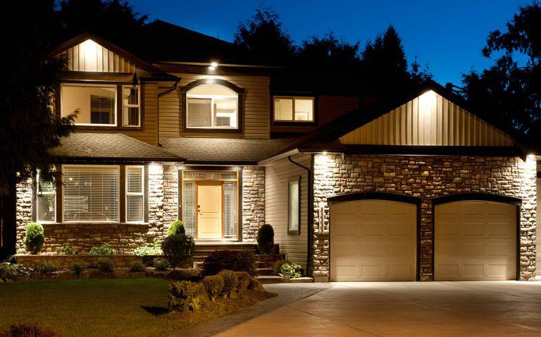 A dozen popular exterior siding choices for House exterior options