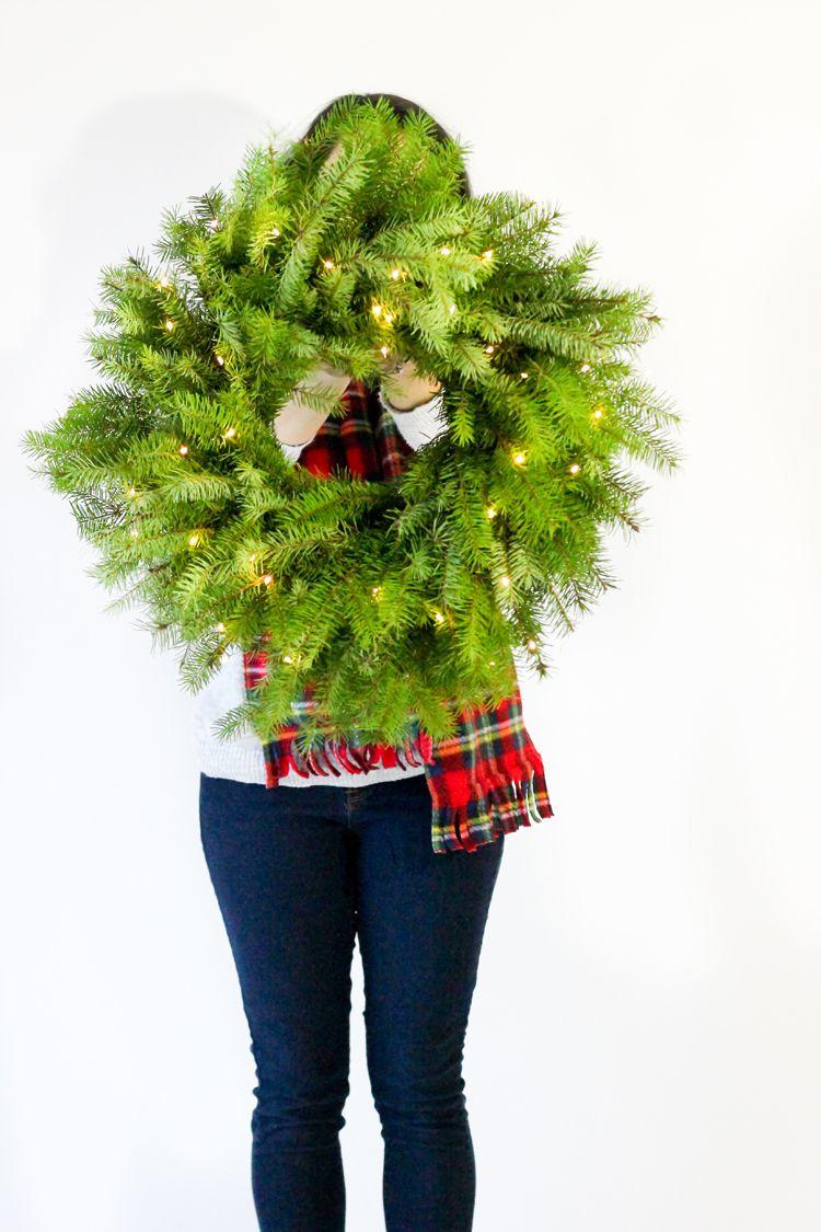 DIY Fresh Christmas Wreath