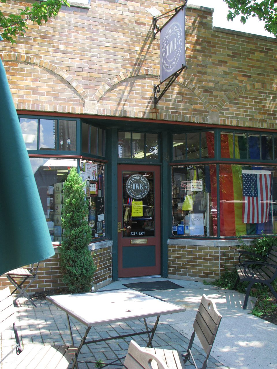 indianapolis gay bookstores
