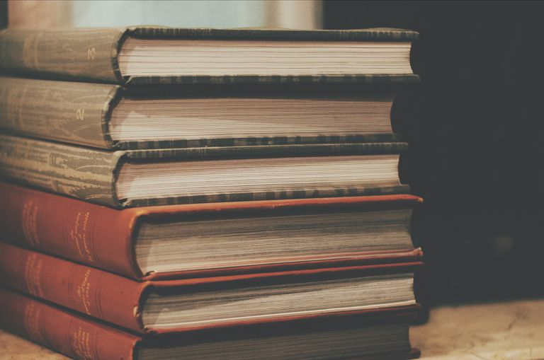 What Is a Bible Commentary?
