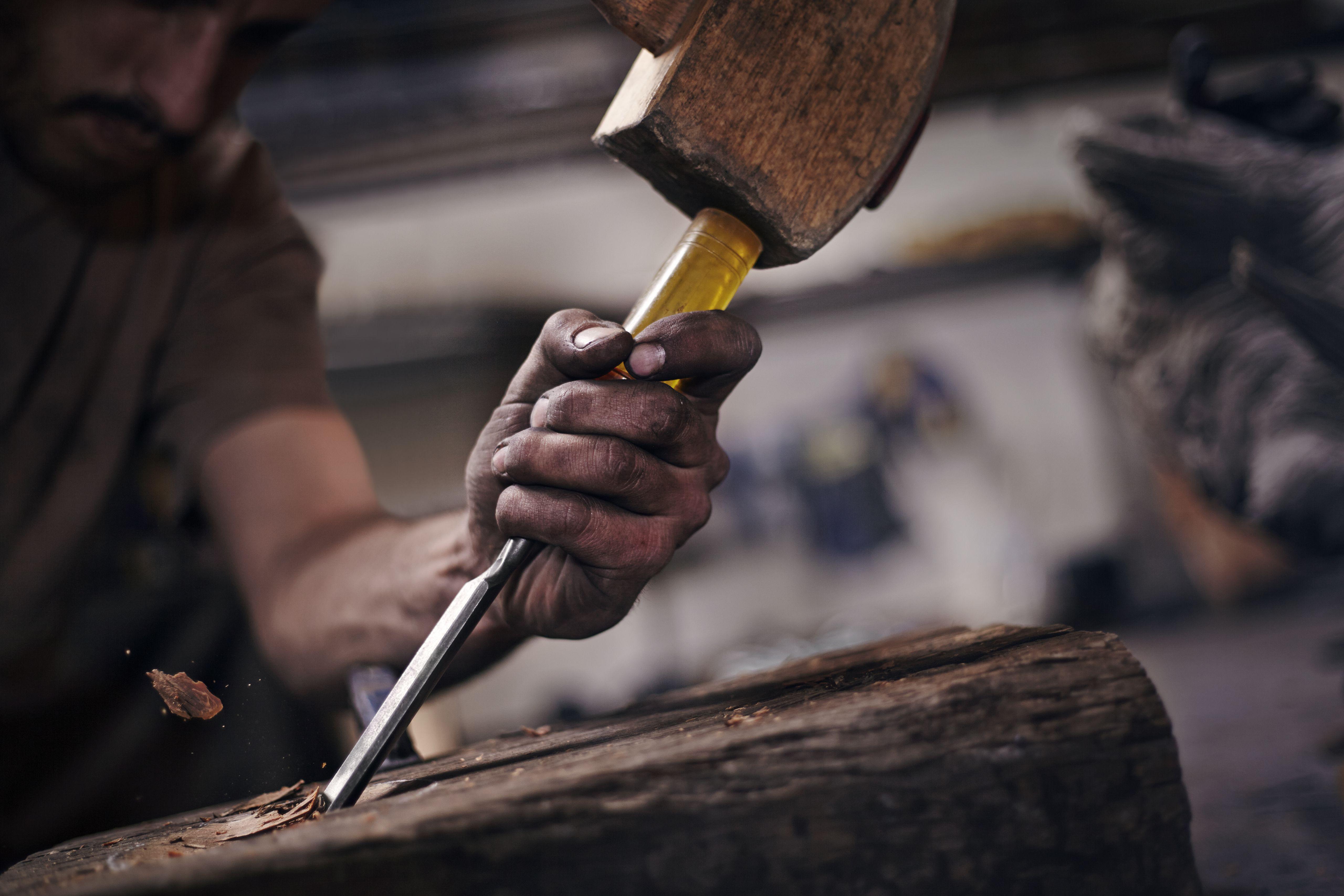 best carpenter tools for woodworking contractors