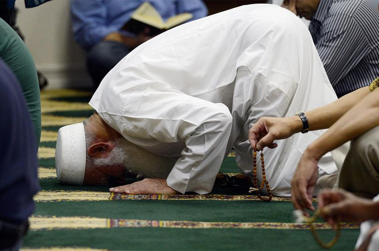 Muslims attend Friday prayer services at the Islamic Center of Southern California on September 14, 2012 in Los Angeles, California.