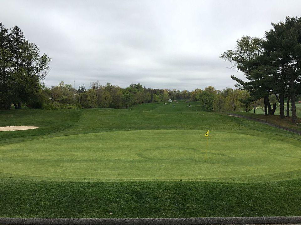 Douglaston Park Golf Course.