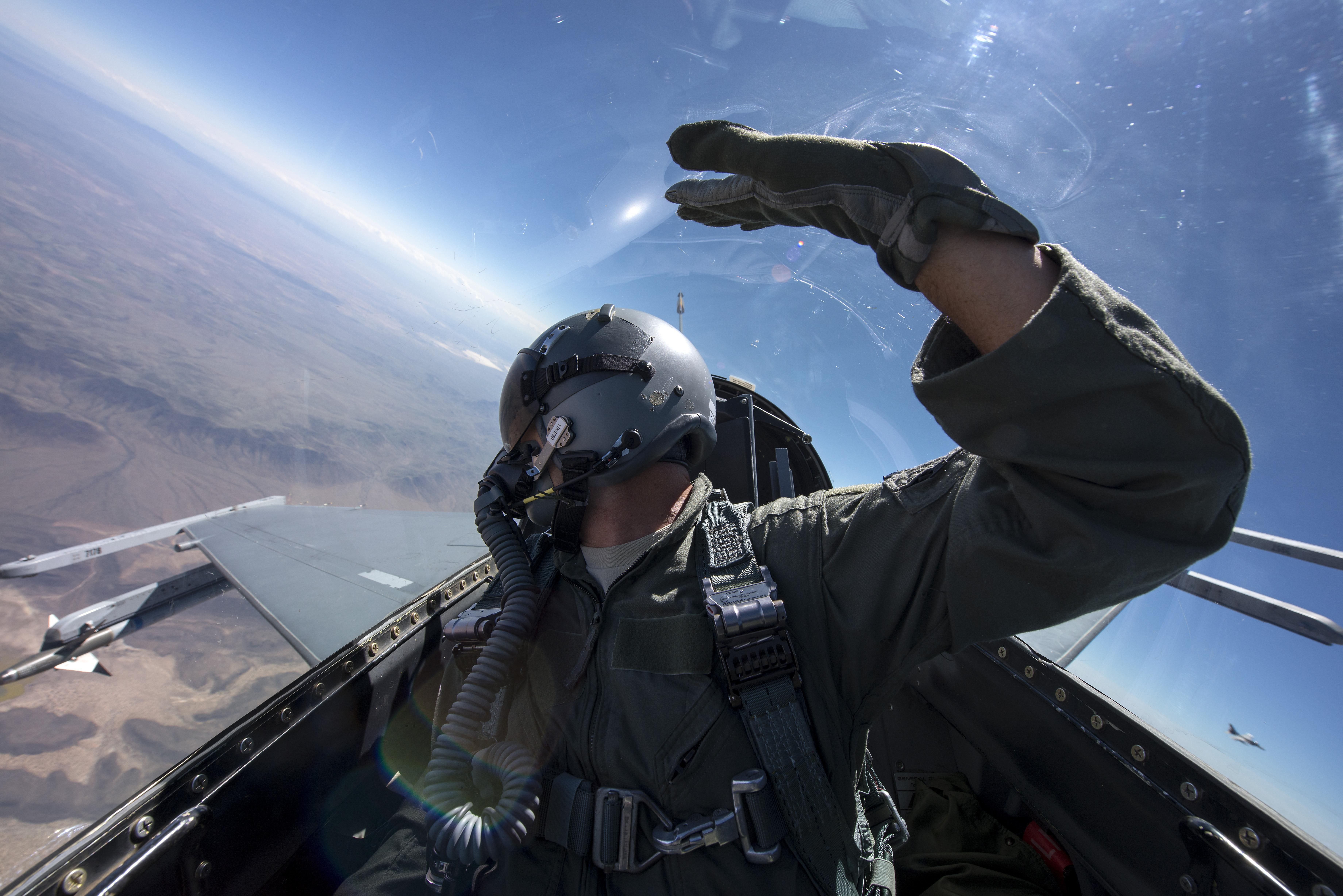 The Minimum And Maximum Ages For Military Pilots