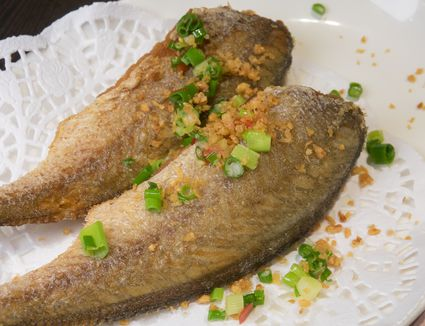 how to cook whole fish pan