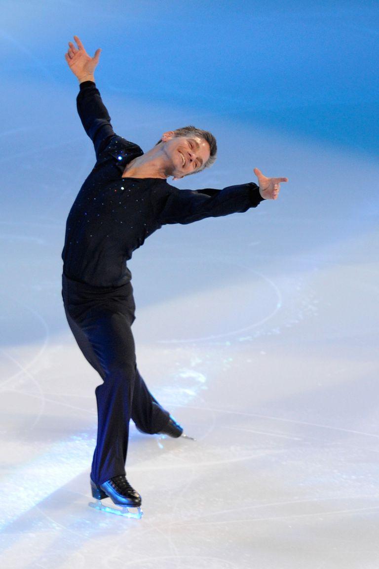 Paul Wylie skating