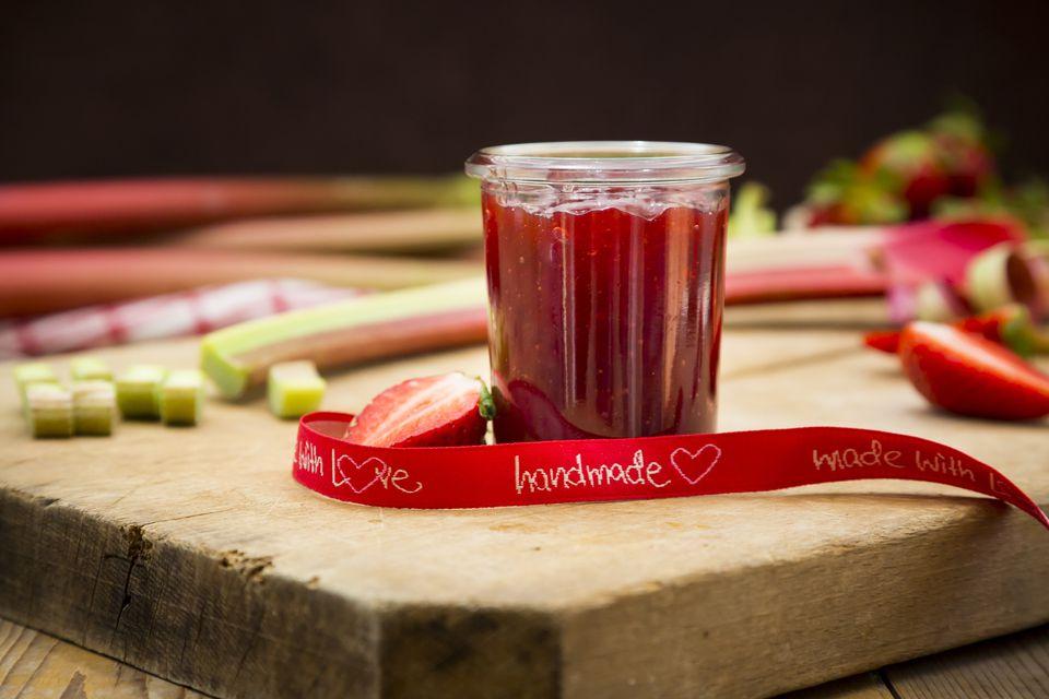 homemade rhubarb jam