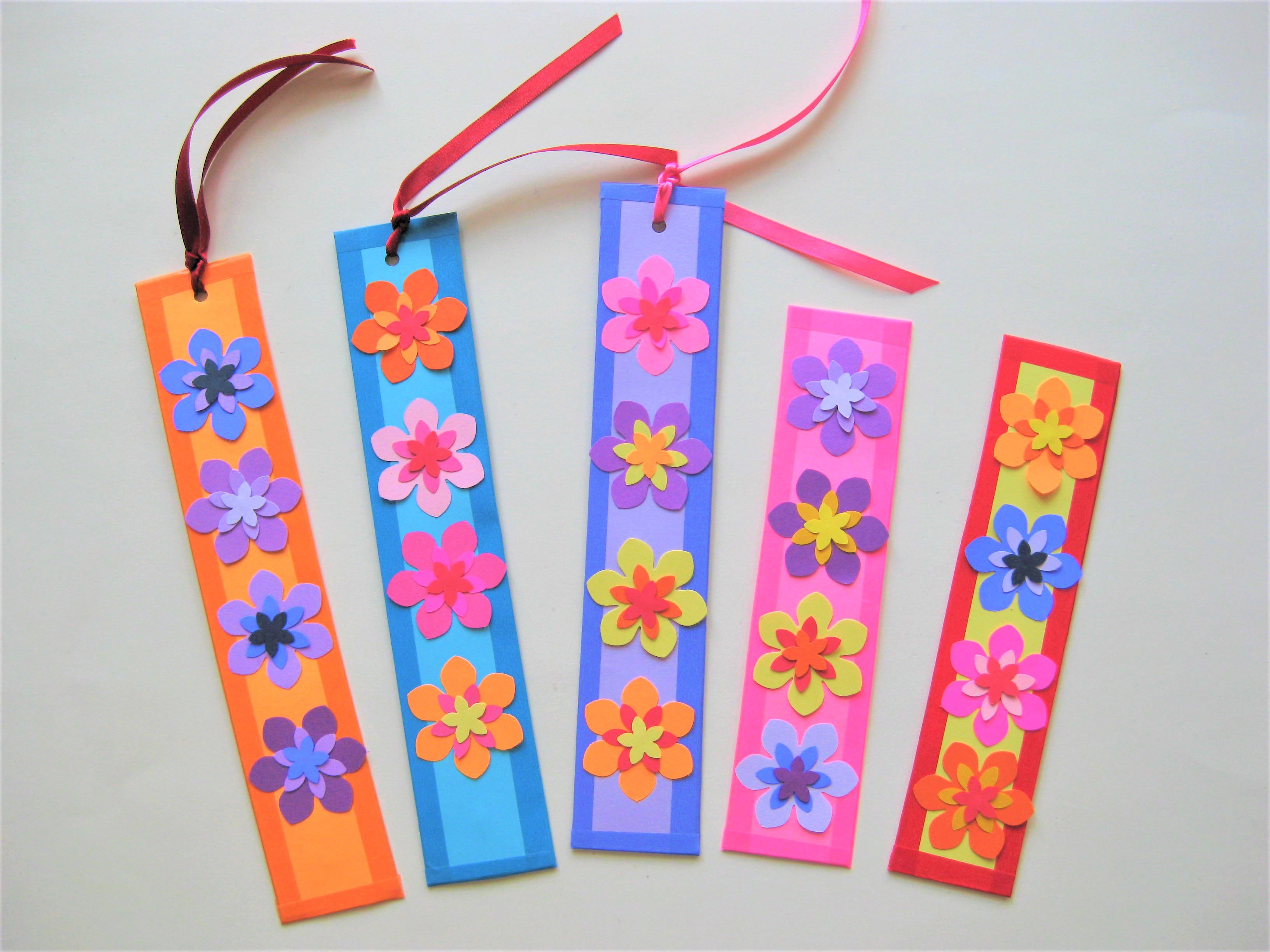 Gorgeous And Easy Paper Flower Bookmarks Halloween Crafts
