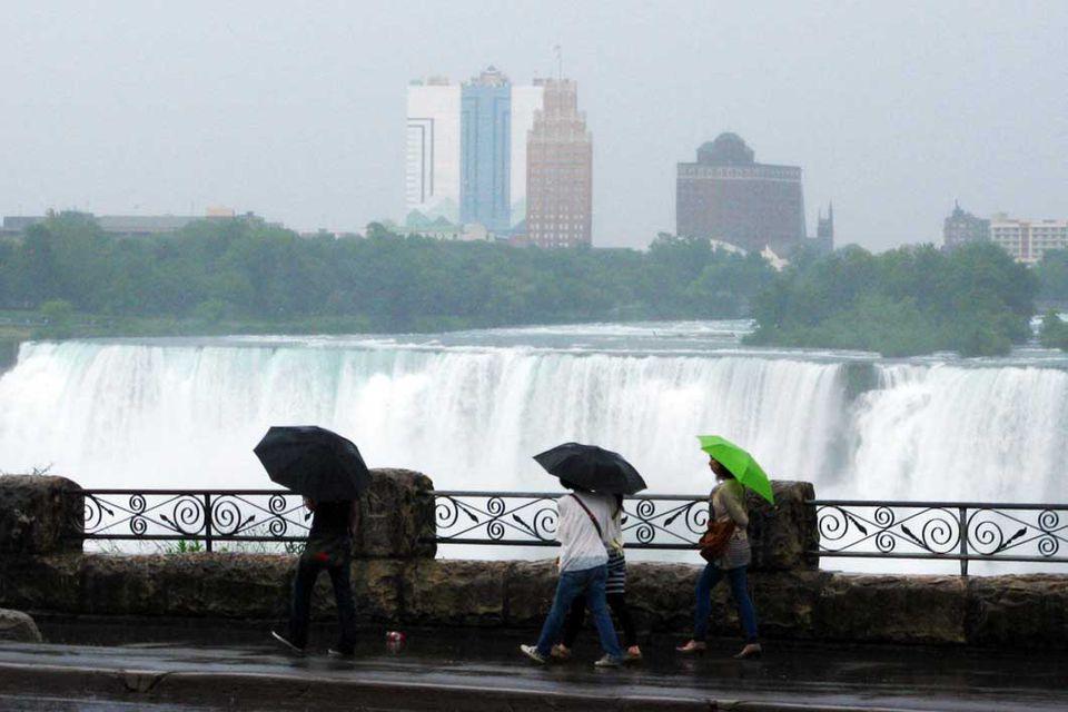 Rain in Niagara Falls