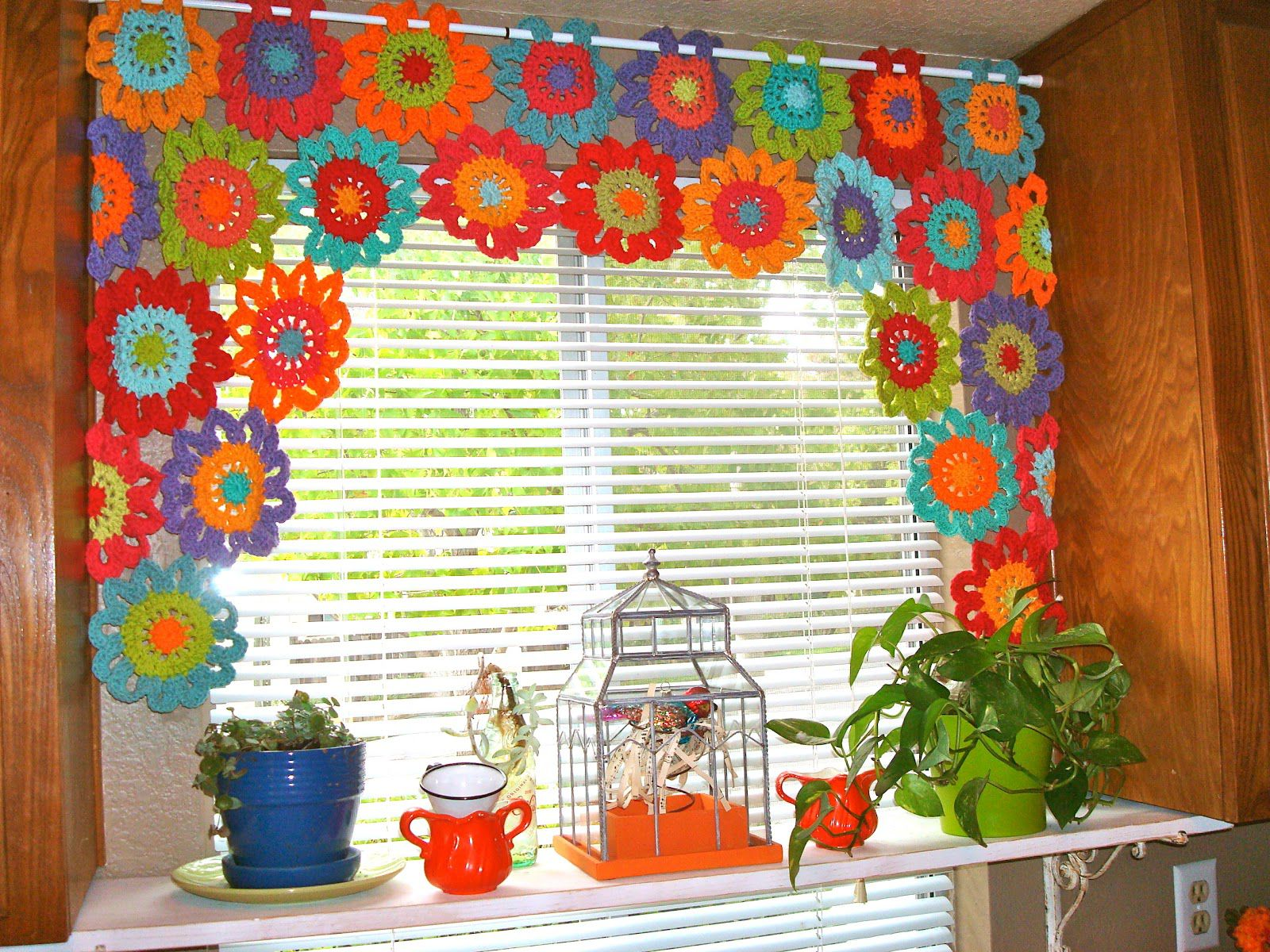 8 free crochet curtain patterns