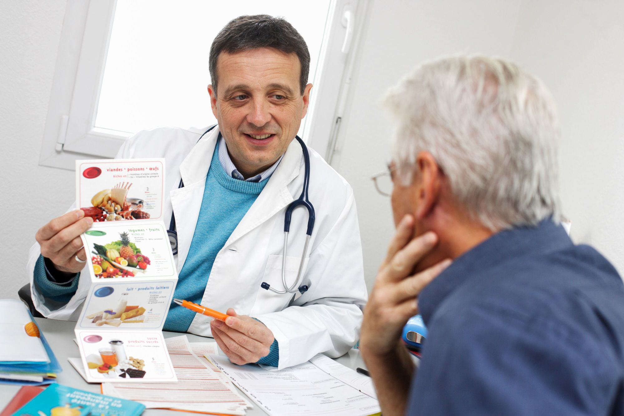 what is the job of a dietitian