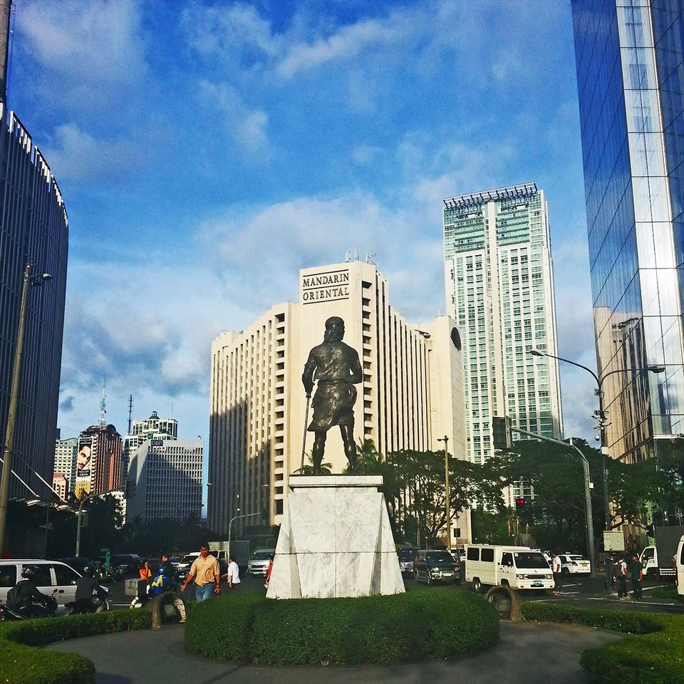 Travel guide to metro manila philippines sciox Image collections