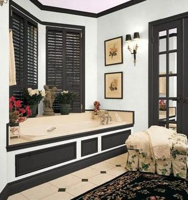 black and white color scheme for master bathroom