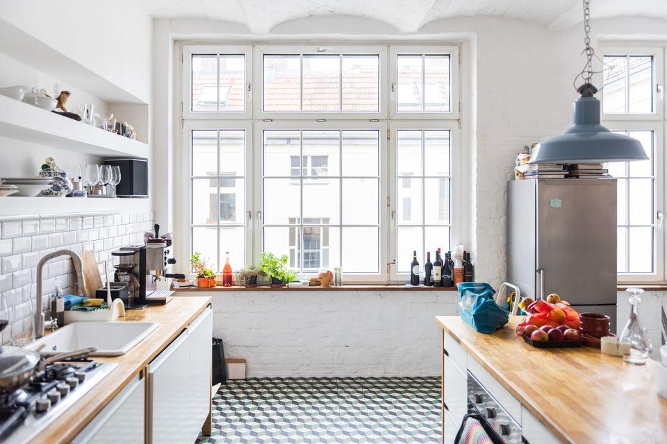 declutter kitchen - Decluttering House