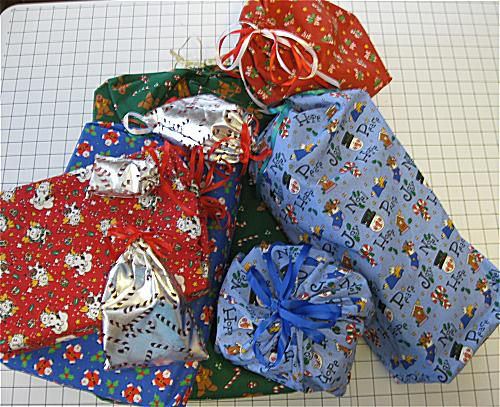 Patterns and directions to sew fabric Drawstring Gift Tote Bags