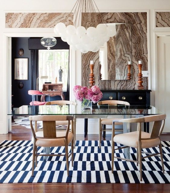 25 Beautiful Neutral Dining Room Designs: 25 Amazing Dining Rooms With Wallpaper