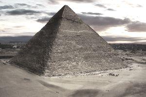 Pyriamid of Chephren, Giza, Egypt