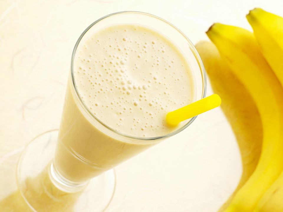 apple-banana-milkshake-getty-2003-x-1500.jpg