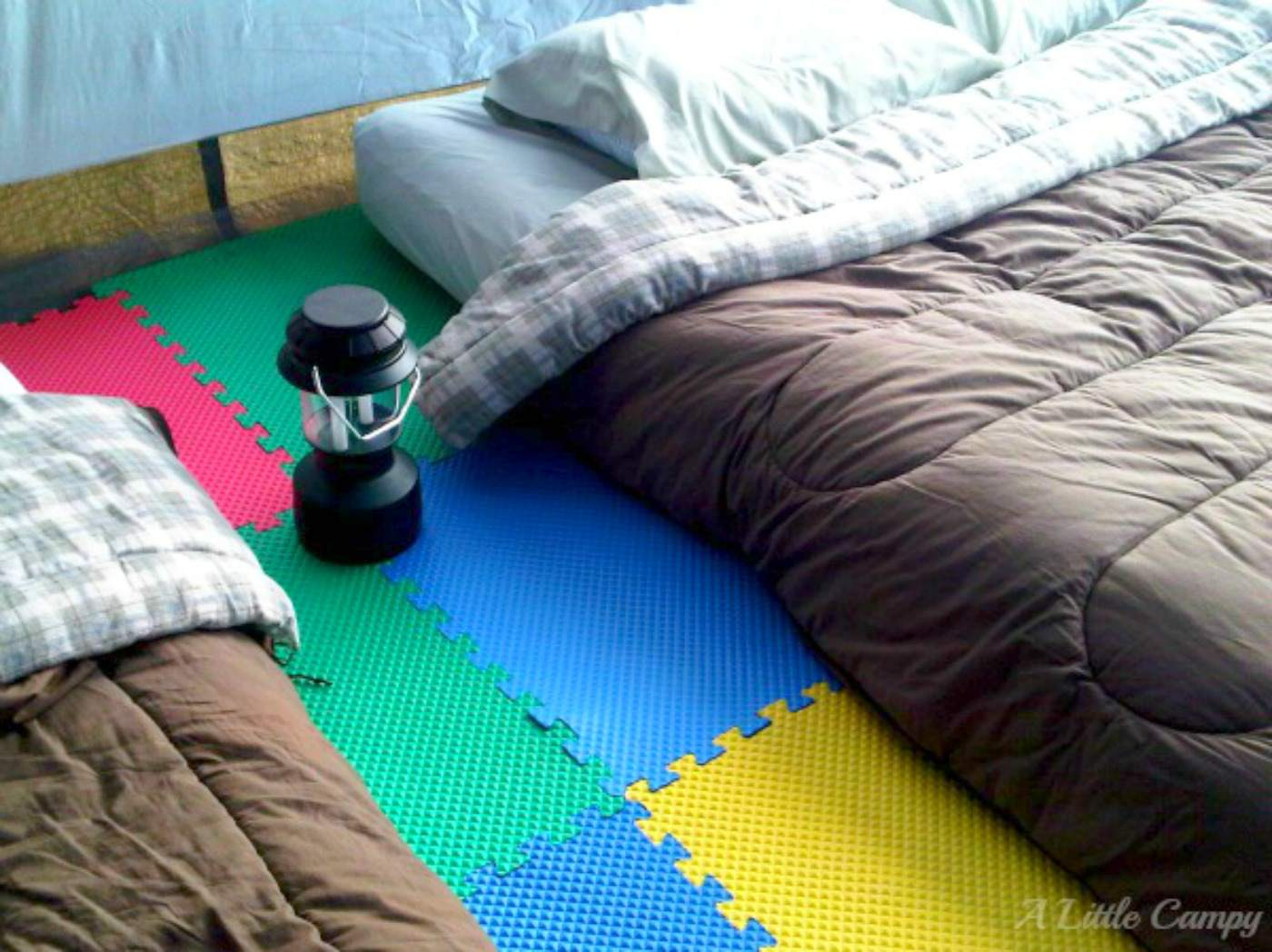 23 inventive camping hacks seen on pinterest dailygadgetfo Choice Image