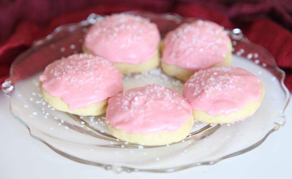 Almond Flavored Ricotta Cookies