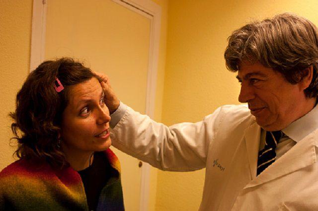 A doctor with a breast cancer patient.
