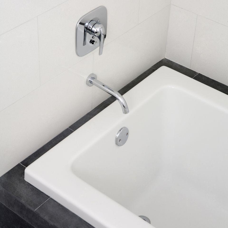 Bathtub overflow gasket